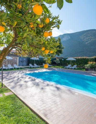 finale ligure casa vacanze piscina