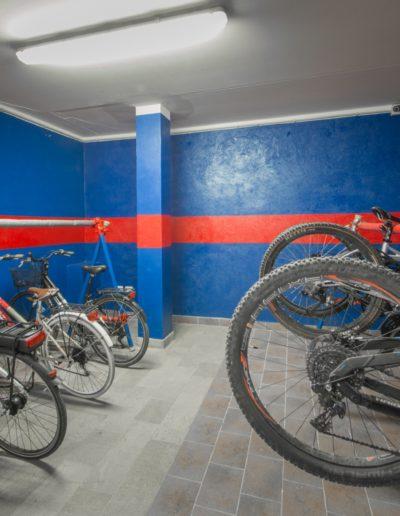 Casa Vacanze sul Borgo - Finale - bikerroom e appassionati di mtb